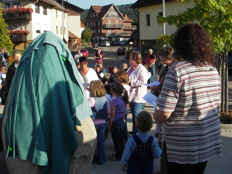 einweihung_dorfbrunnen_2009_016