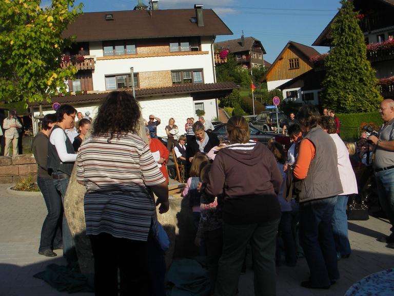 einweihung_dorfbrunnen_2009_017